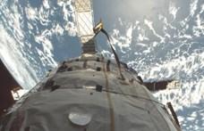 Összeütközhet két műhold, és ha megtörténik, abból csak nagyobb baj lesz