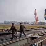 Fotók: kiemelték az A38-at a komáromi hajógyárban