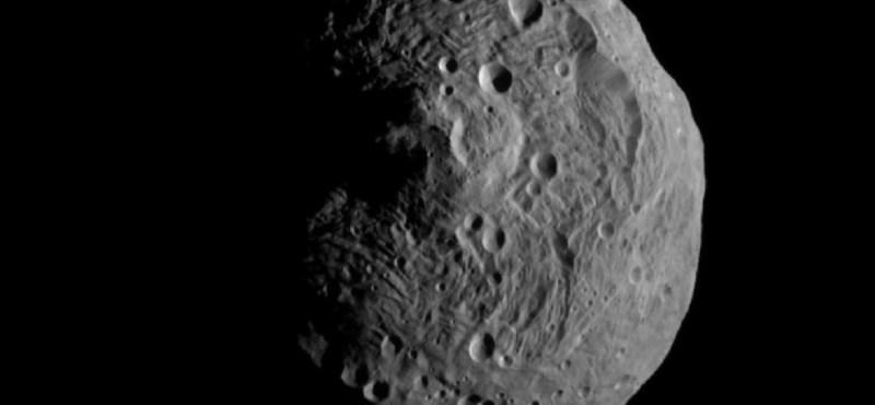 Megvan az első közeli felvétel a Vesta aszteroidáról