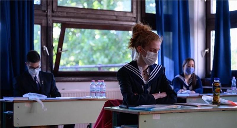 Marad a szóbeli, de tanítás nélküli munkanapok is lehetnek az őszi érettségi miatt