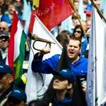 """Egyenruhások demonstrációja: se a rendőrségnél, se az OKF-nél nincs még """"eredmény"""""""