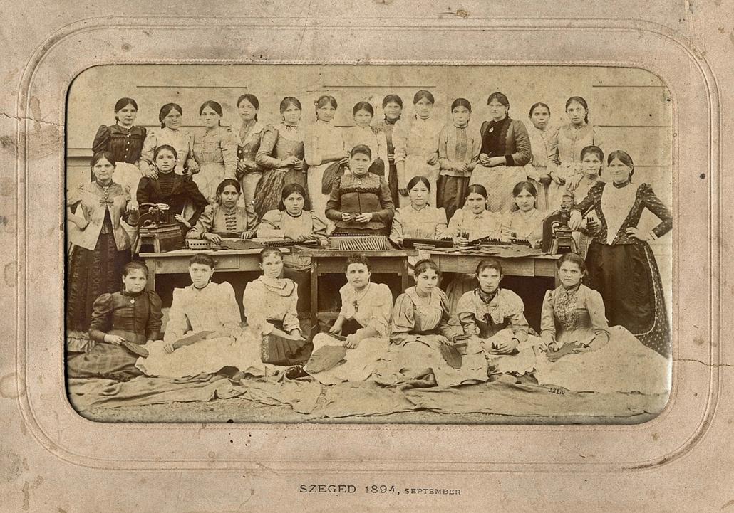 e_! - Női szivargyári munkások - szegedi dohányüzem, kép, fotó