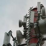 A Paks II. projektcégnek sürgősen kell ezer mobiltelefon