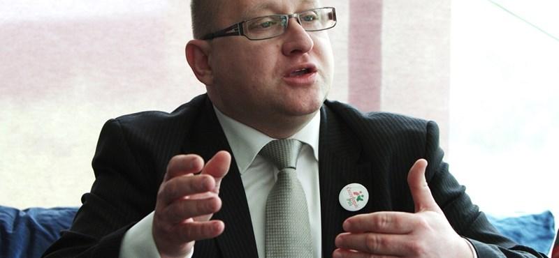 Megszűnt Szepessy Zsolt pártja, az Összefogás Párt
