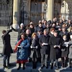 Összellenzéki eskü a Parlament előtt, Fekete-Győr a tiltakozások erősödését jelentette be