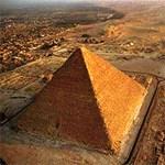 A piramisok lábához költözik az Egyiptomi Múzeum