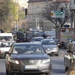 Újabb változás okoz majd dugót a Széll Kálmán téren