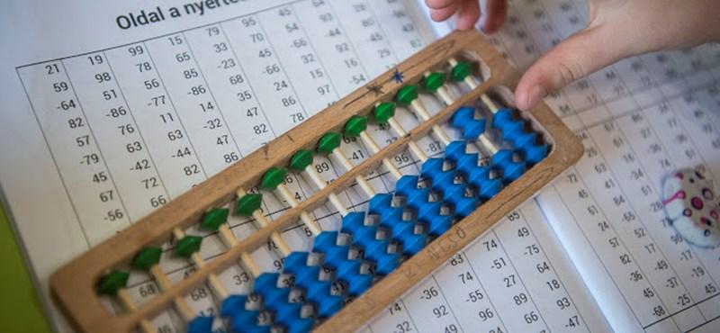 Egy pestszentlőrinci fiú hétévesen megnyerte a dubaji számolási versenyt