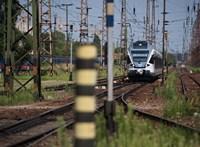 MÁV-sajtófőnök: Az utasok csak október 13-ig lesznek tüntetők