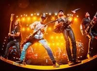 Azonnali műtéttel kezelték a Scorpions énekesét