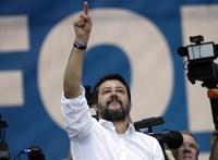 Forradalmi ellenállásra szólította fel híveit Matteo Salvini