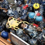Pusztító földrengés, könnyes hazatérés és a magyar szavazó a hét képein