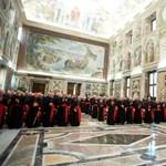 Pápaválasztás: délután dönthetnek a konklávé időpontjáról