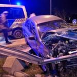 Fotó: Szalagkorlát fúródott egy Chevroletbe Soroksáron