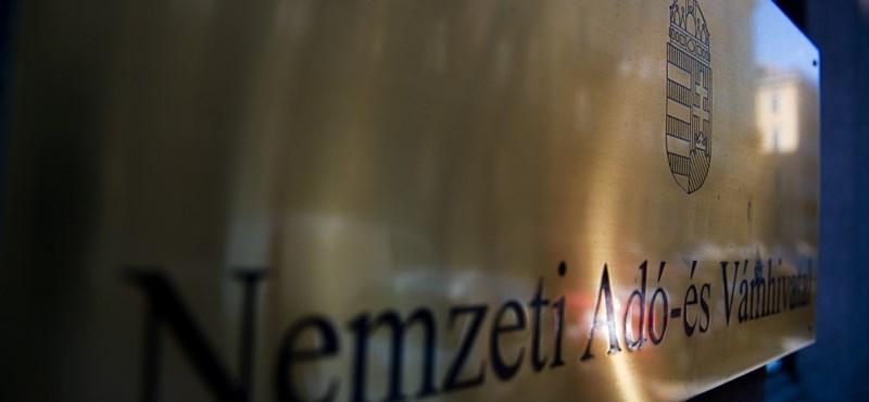 Így csalja az adót a magyar