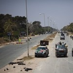 Három hónapig meghosszabbítják a líbiai bombázást