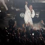 Az egyik legmenőbb pesti klubban DJ-zik ma éjjel az Arcade Fire frontembere
