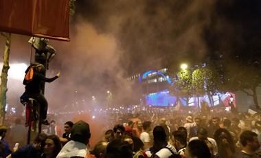 Nem zavargás, fociünnep: így örültek Párizsban a döntőbe jutásnak – videó