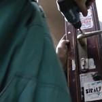 Videó: Így zárták be a Sirályt