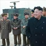 A közönség feje fölött bravúroskodtak az észak-koreai pilótanők