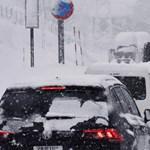 Ezer ember rekedt a hóban Japánban