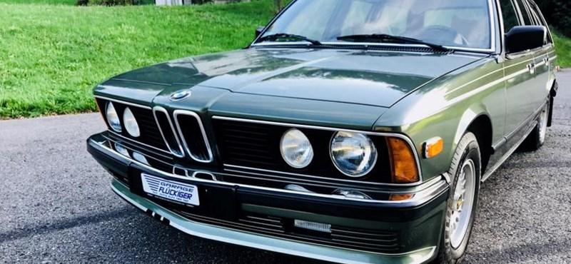 Ritka lehetőség: eladó egy szinte nem is létező 37 éves kombi 7-es BMW