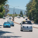 Kormány és fékpedál sem lesz a Google autóiban