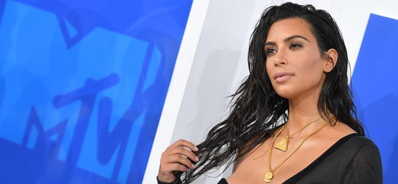 Kim Kardashian ügyvédnek tanul