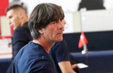 Joachim Löw szerint rossz üzenet nézőket engedni a Szuperkupa-meccsre
