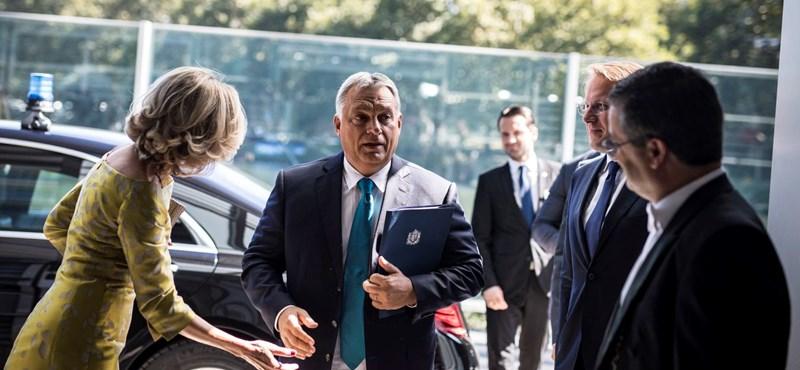 A jog mögé bújik a kormány a Sargentini-jelentés megszavazása után, de minek?