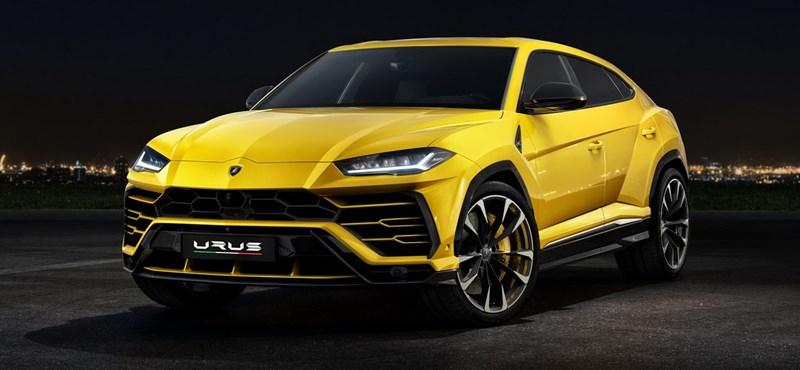 Kémfotókon a megújult Lamborghini Urus divatterepjáró