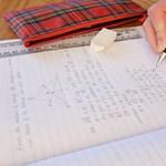 Felére kellene csökkenteni a tananyagot az iskolákban