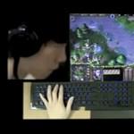 A világ legfürgébb ujjú játékosa (videó)